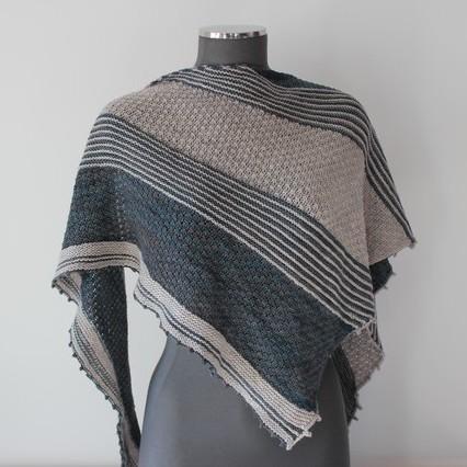 Modele tricot de chale - AKENE de lilofil