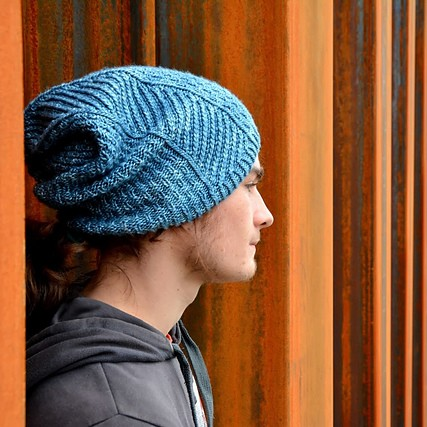 Knitting pattern Iberis designed by lilofil