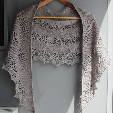 Shawl knitting pattern - KIEKKO by Lilofil