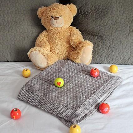 Modele tricot de plaid bébé lemos de lilofil