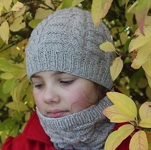 Modele tricot de bonnet et col kallio de lilofil