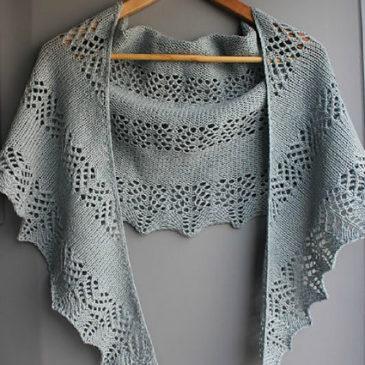 Modele de tricot de chale kiekko de lilofil